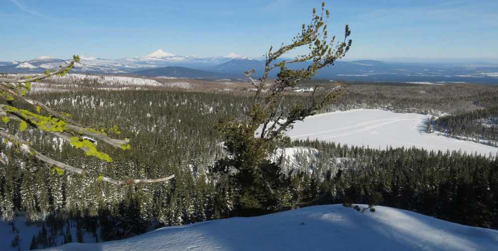 tam_mcarthur_rim_ski_bowl_view_north